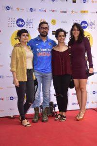 आमिर खान अपने reel  और real बेटियो  के साथ शामिल हुए जिओ मामी मुंबई फिल्म  फेस्टिवल 2016