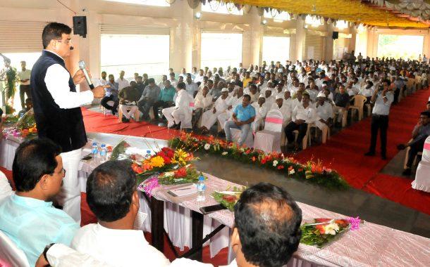 शेतकऱ्यांचे नुकसान होऊ देणार नाही-राज्यमंत्री विजय शिवतारे