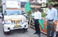 एलईडी बल्ब वितरित करणाऱ्या मोबाईल व्हॅनला दाखविली हिरवी झेंडी