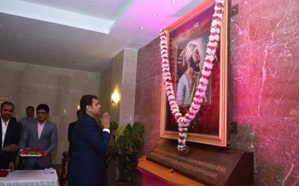 विविध क्षेत्रात महाराष्ट्र अग्रेसर  राज्याचा पुरोगामित्त्वाचा वारसा कायम ठेवू या ! – मुख्यमंत्री देवेंद्र फडणवीस यांचे संपूर्ण भाषण