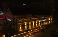 सॅमसंगने बंगळुरूतील वैशिष्ट्यपूर्ण ऑपेरा हाउसमध्ये सुरू केले जगातील सर्वात मोठे मोबाइल एक्स्पिरिअन्स सेंटर