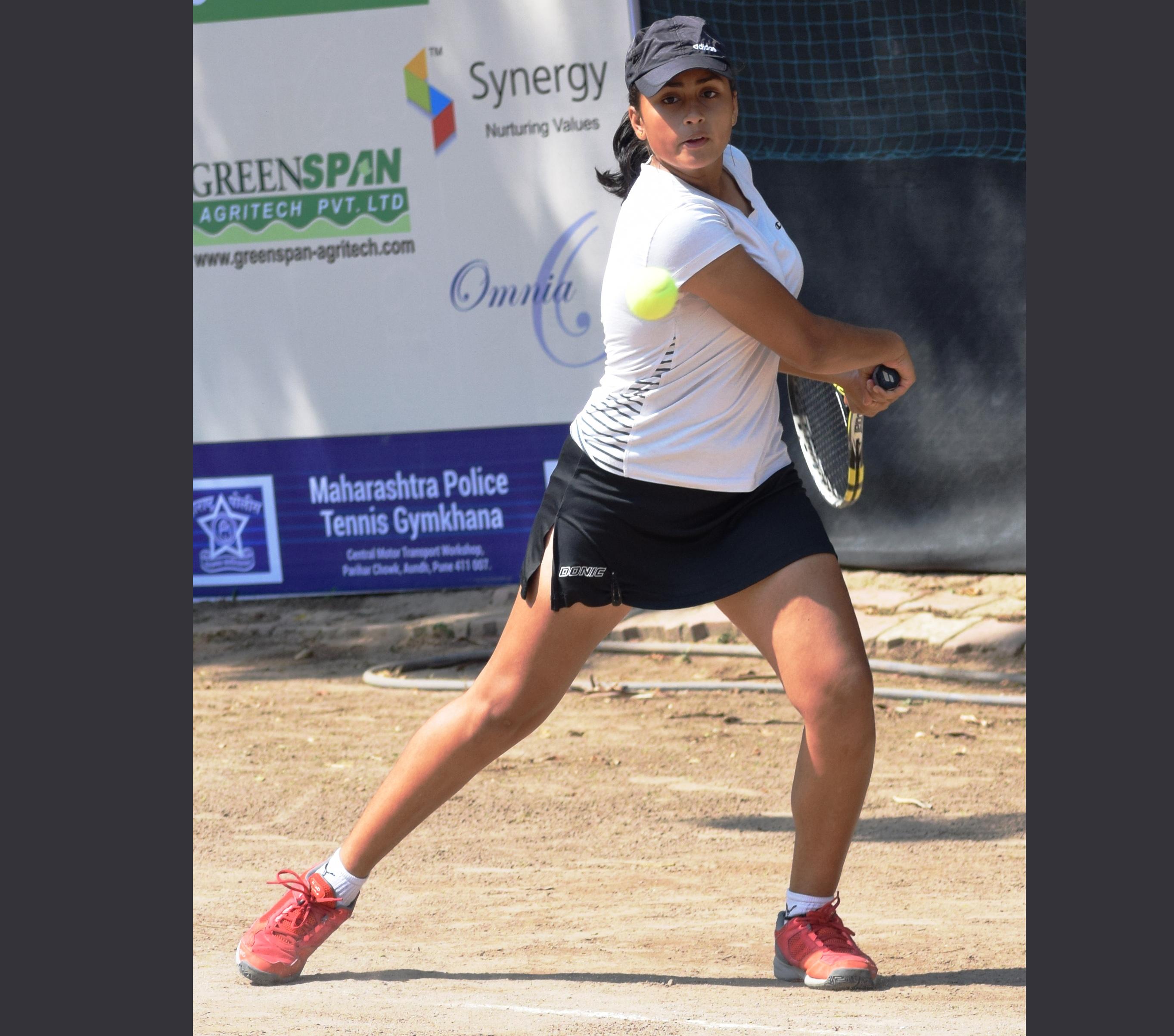 टेनिस स्पर्धेत सुहित लंका, मोहित बेंद्रे, गायत्री बाला, आकांक्षा नित्तुरे यांचा मानांकीत खेळाडूंवर विजय