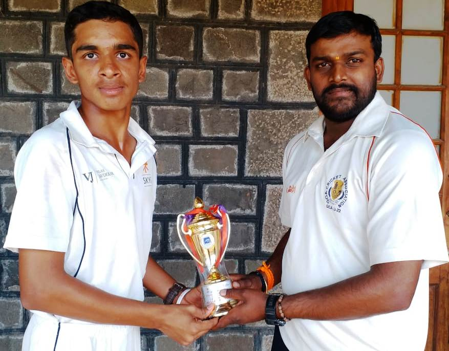 पीवायसी करंडक 14 वर्षाखालील  निमंत्रित  क्रिकेट स्पर्धेत कॅडेन्स अकादमी, व्हेरॉक  वेंगसरकर  क्रिकेट अकादमी  संघांचा उपांत्य फेरीत प्रवेश