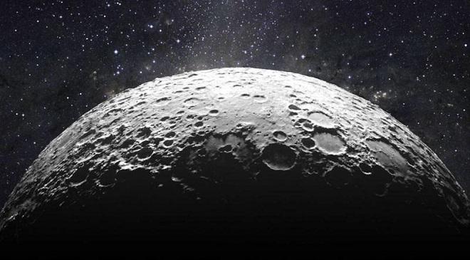 चंद्रावर जागा विकत घेण्याच्या मोहापायी पुण्यातल्या महिलेची फसवणूक