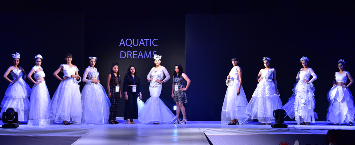 फ़ॅशन शोमध्ये सूर्यदत्ताच्या विद्यार्थ्यांच्या इनोव्हेटिव्ह कॉस्च्युम डिझाइन्सचे सादरीकरण