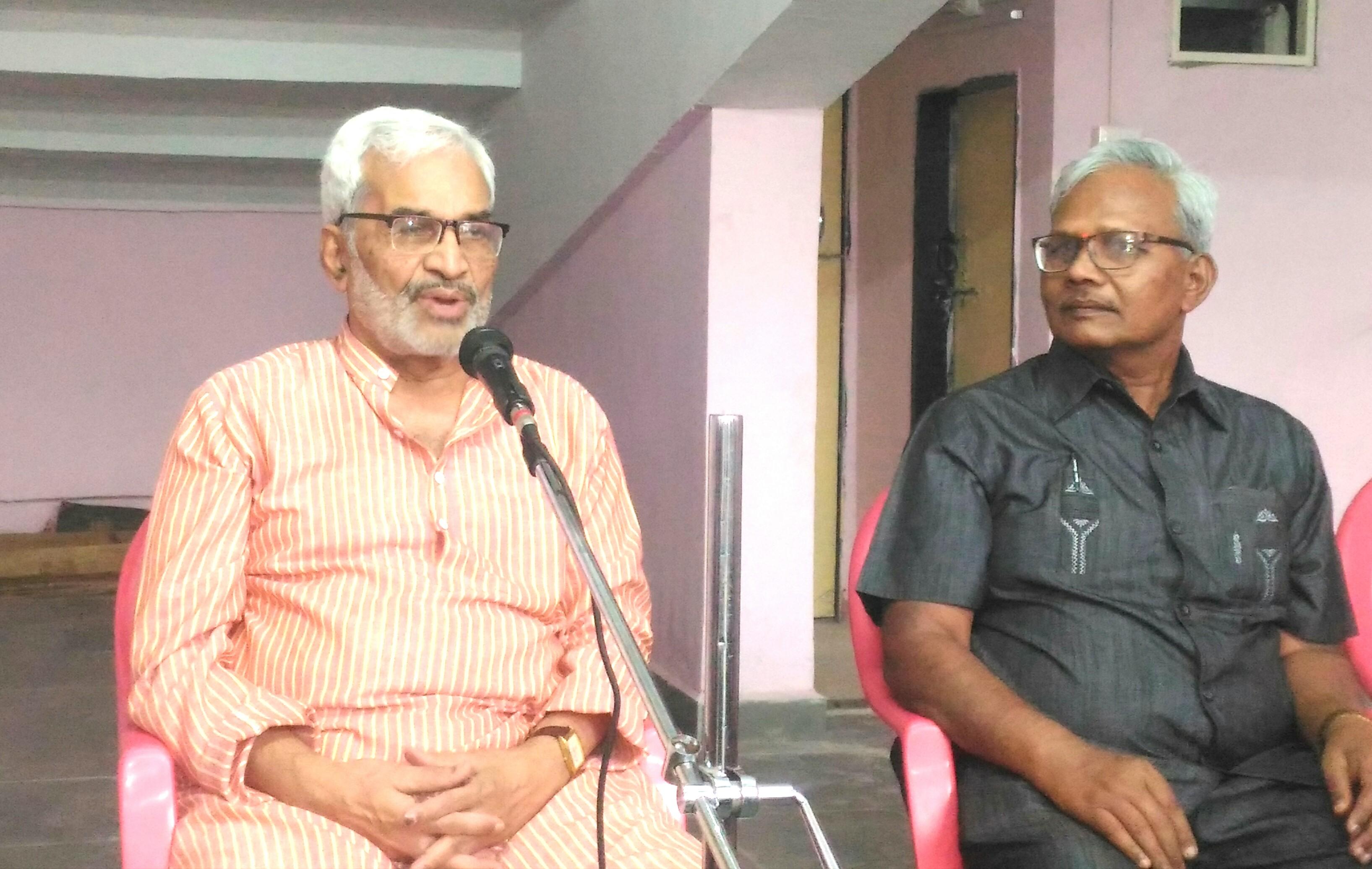 सत्तेसाठी द्वेष वाढविण्याच्या कटाला बळी पडू नये : डॉ.कुमार सप्तर्षी