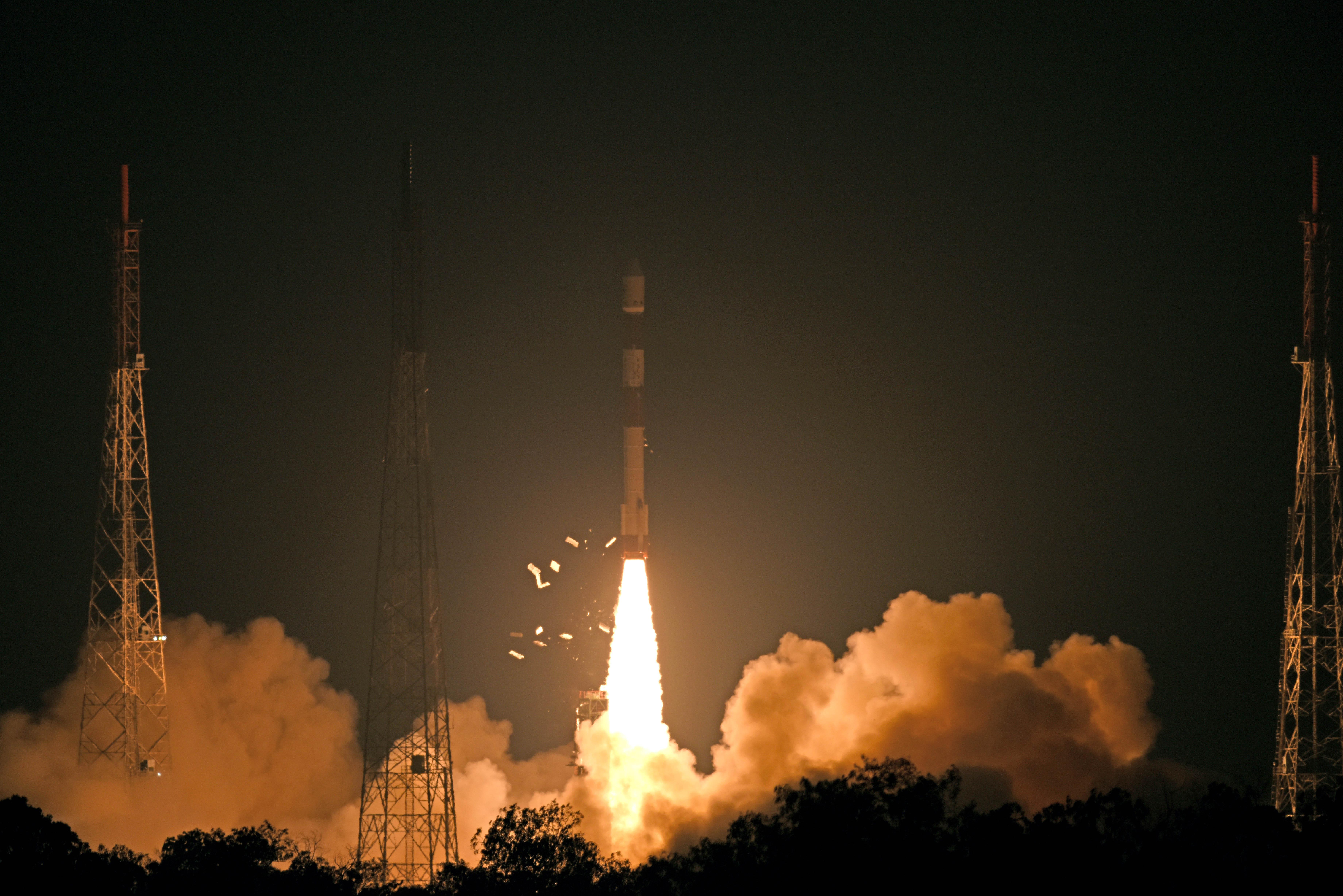पीएसएलव्ही-सी 46 द्वारे रिसॅट-2 बी उपग्रहाचे यशस्वी प्रक्षेपण