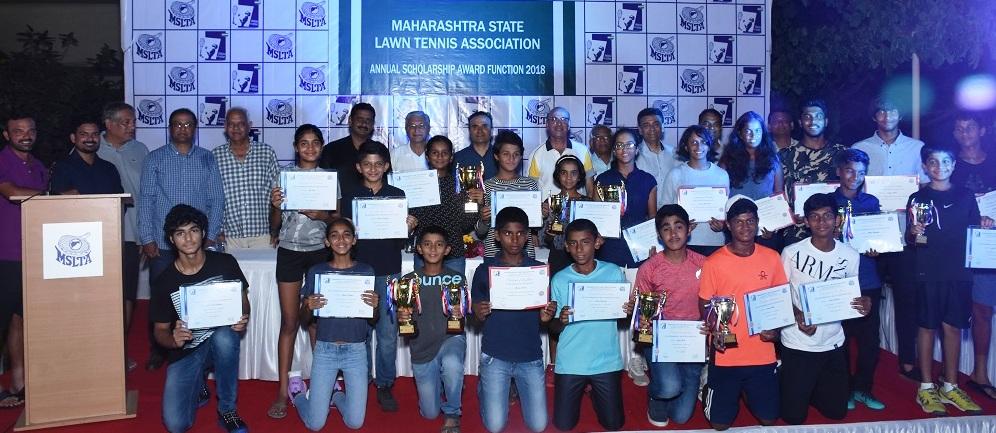 शरण्या गवारे, सुदिप्ता कुमार, सिध्दांत बांठीया यांना एमएसएलटीए वार्षिक पुरस्कार प्रदान