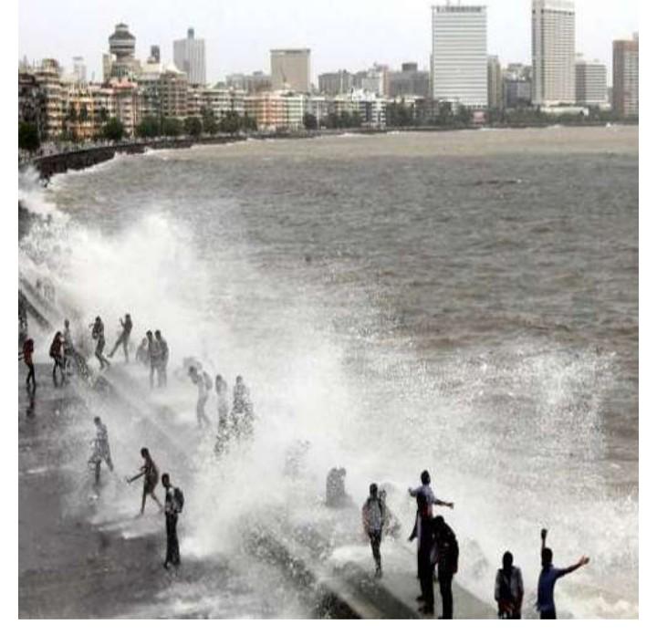 अरबी समुद्रात चक्रीवादळ तयार होण्याचे संकेत
