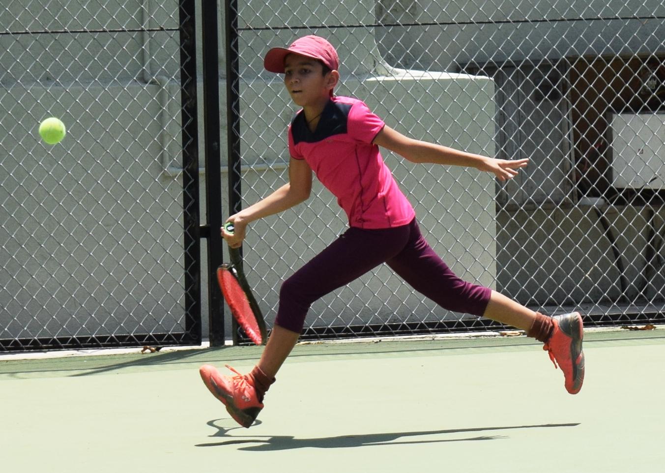 पीएमडीटीए ज्युनियर टेनिस लीग स्पर्धेत कोद्रे फार्म्स रोअरिंग लायन्स संघाचा एकतर्फी विजय