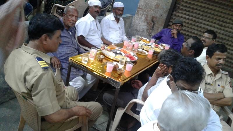 पूर्व भागातील हिंदू मुस्लिम ऐक्याचा  अनोखा रोजा इफ्तार कार्यक्रम उत्साहात संपन्न