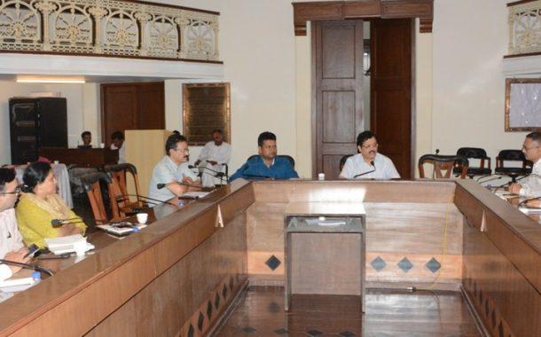 भारतीय स्वातंत्र्य दिन उत्साहात पार पाडावा - विभागीय आयुक्त डॉ. म्हैसेकर