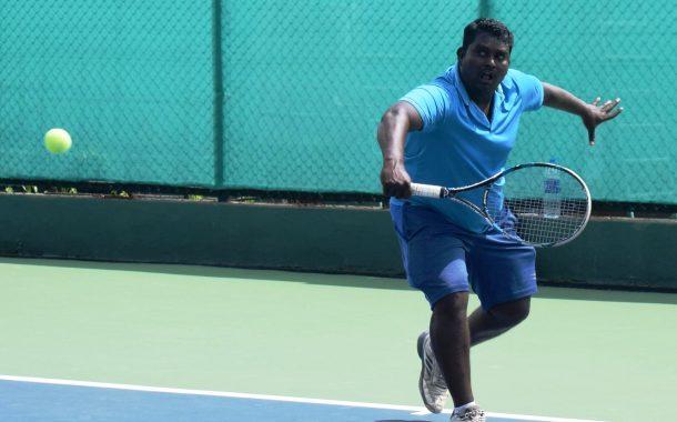 पीएमडीटीए  वरिष्ठ  टेनिस मालिका स्पर्धेत रवी कोठारीचा मानांकीत खेळाडूवर विजय