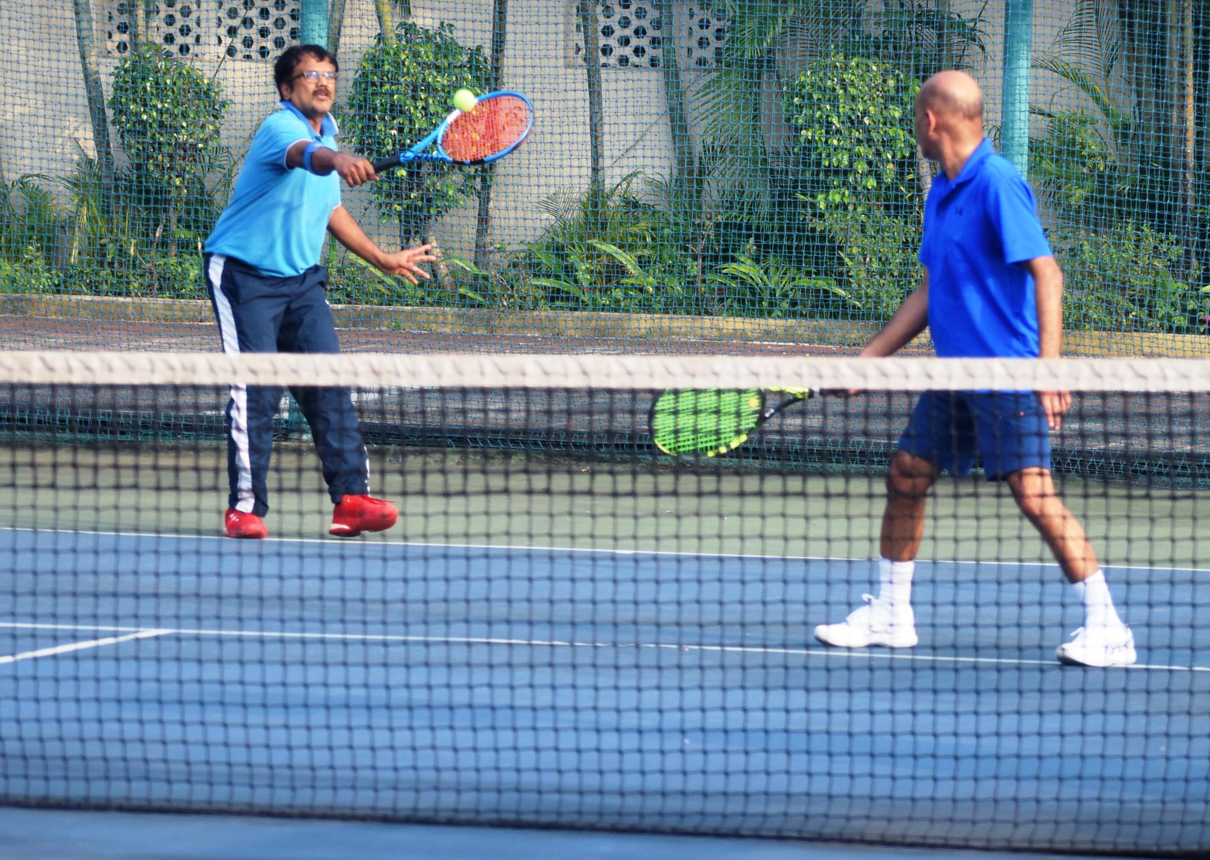 सोलारिस आंतर क्लब टेनिस अजिंक्यपद स्पर्धेत टेनिस टायगर्स,  ओडीएमटी अ , डेक्कन वॉरियर्स,  ऍडवांटेज टेनिस संघांचा विजय