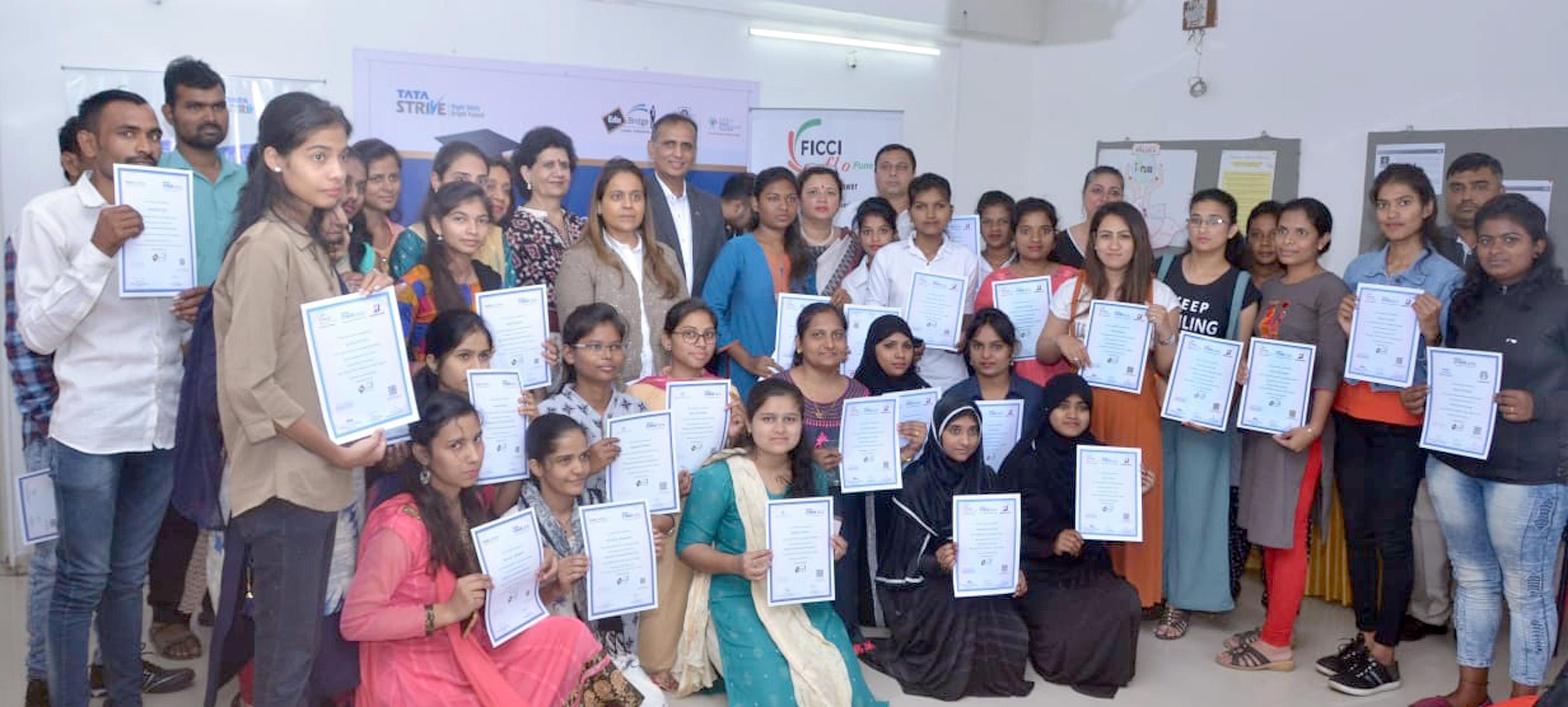 'फिक्की फ्लो'कडून ५० युवतींना प्रशिक्षण