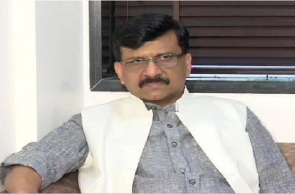 """""""संजय राऊत पिसाळलेला कुत्रा""""; भाजपा नेत्याकडून टीका"""