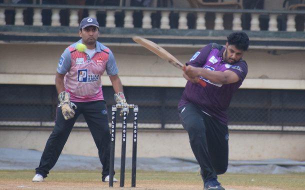 पीवायसी-पुसाळकर सु-रक-क्षा कंपोनंट्स पीवायसी प्रीमियर लीग क्रिकेट 2019 स्पर्धेत डॉल्फिन्स व स्कायलार्कस यांच्यात विजेतेपदासाठी लढत