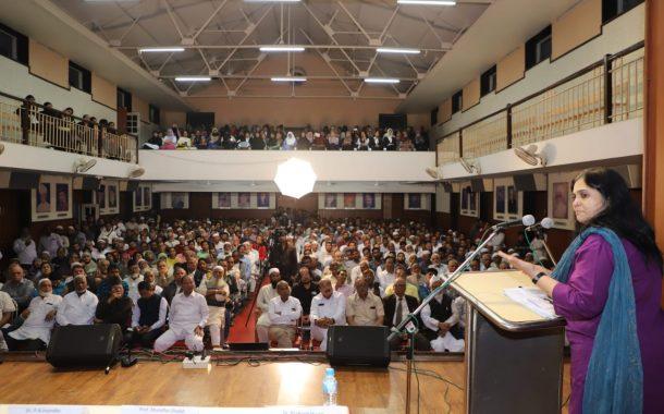 नागरिकत्व नोंदणी द्वारे समाज विभाजित करण्याचा, भय ग्रस्त करण्याचा सरकारकडून प्रयत्न: तीस्ता सेटलवाड