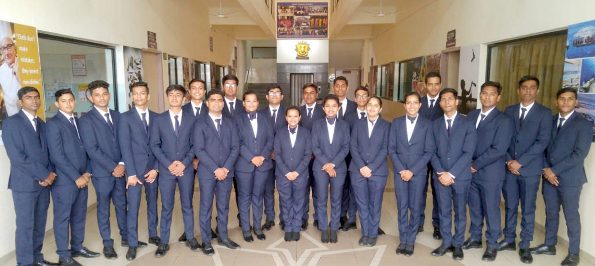 सूर्यदत्ता कॉलेज ऑफ हॉटेल मॅनेजमेंट अँड ट्रॅव्हल टुरिझमच्या ३३ विद्यार्थ्यांना परदेशातील हॉटेलामध्ये इंटर्नशिपची संधी