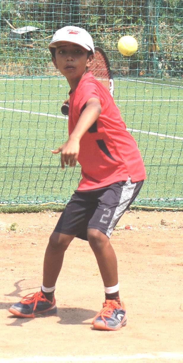 चौथ्या पीएमडीटीए-आयकॉन ग्रुप कुमार चॅम्पियनशिप ब्रॉन्झ सिरिज मानांकन टेनिस 2020 स्पर्धेत नील बोन्द्रे, सर्वज्ञ सरोदे, नीरज जोर्वेकर यांची विजयी सलामी