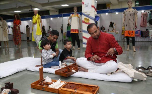 खादीला पुन्हा 'अच्छे दिन' येताहेत ही आनंदाची गोष्ट- डॉ. कुमार सप्तर्षी