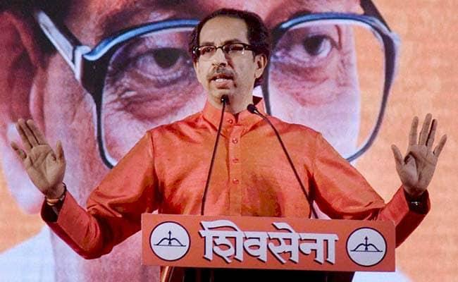 मी पक्षाचा झेंडा बदललेला नाही, आम्हाला हिंदुत्व सिद्ध करायची गरज नाही - ठाकरे सरकार