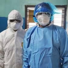 रेल्वेचे डॉक्टर्स आणि वैद्यकीय कर्मचाऱ्यांसाठी दररोज 1000 PPE किट्सची निर्मिती