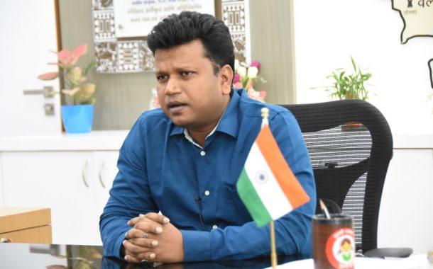 पुण्याचे जिल्हाधिकारी नवल किशोर राम यांची  पंतप्रधान कार्यालयात उपसचिव पदावर नियुक्ती