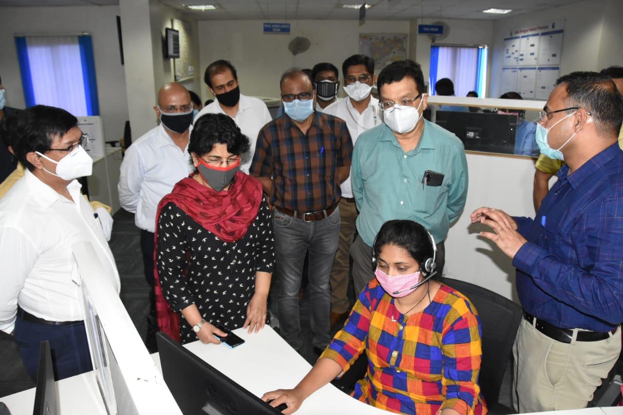 महाराष्ट्र इमर्जन्सी मेडिकल सर्व्हीस 108 च्या कामकाजाची विभागीय आयुक्त डॉ. म्हैसेकर यांनी केली पाहणी