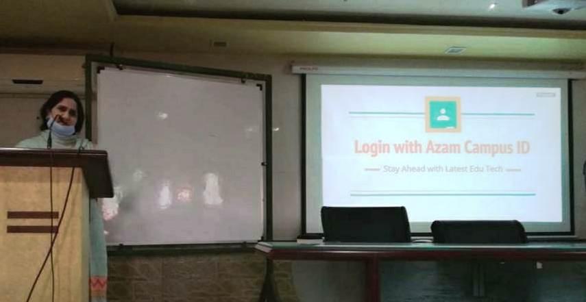 डिजिटल शिक्षणातुन अध्यापन : कॅम्प मधील शाळांचा प्रयोग यशस्वी