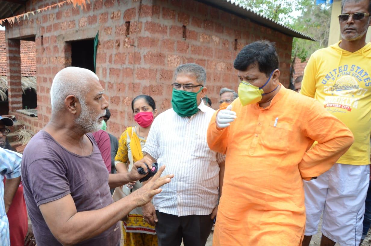 कोकणातील  चक्रिवादळामुळे उद्ध्वस्त घरांना प्रत्येकी सुमारे तीन लाख रुपये द्यावेत -विरोधी पक्ष नेते प्रविण दरेकर