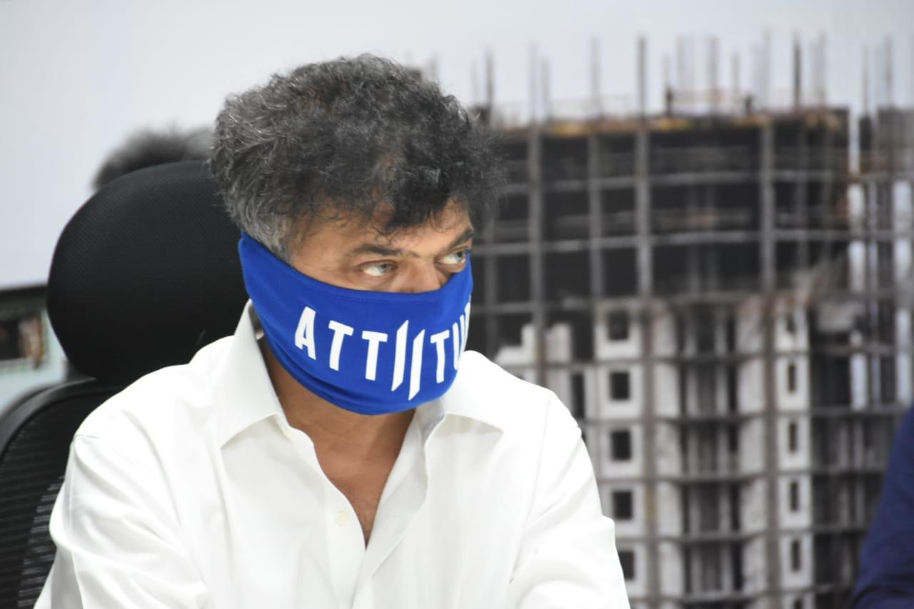 पुणे,पिंपवड क्षेत्रात झोपडपट्टी पुनर्विकासाचे पथदर्शी काम उभे करणार                                                         - गृहनिर्माण मंत्री जितेंद्र आव्हाड