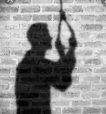 उद्धवसाहेब, आत्महत्यांचे प्रमाण वेगाने वाढते आहे ...