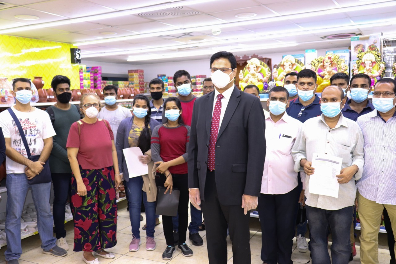 मसालाकिंग डॉ. धनंजय दातार यांच्या मदतीमुळे आता अनेक मराठी कुटूंबेही भारतात सुखरुप दाखल