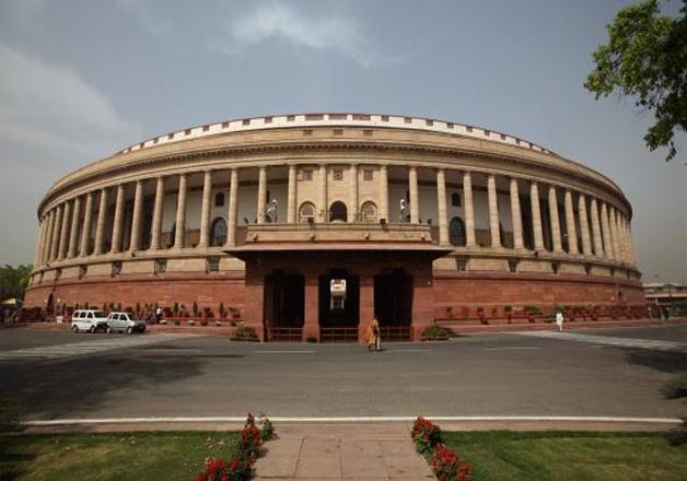 राज्यसभेत नवनिर्वाचित सदस्यांचा शपथविधी; महाराष्ट्रातून ६ सदस्यांनी घेतली शपथ
