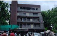अहमदाबादच्या कोविड रुग्णालयात अग्नितांडव, 8 कोरोना रुग्णांचा होरपळून मृत्यू