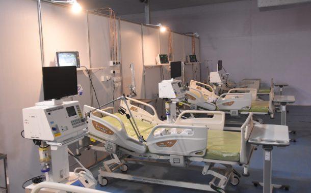 जम्बो कोविड रुग्णालयाची  पाहणी