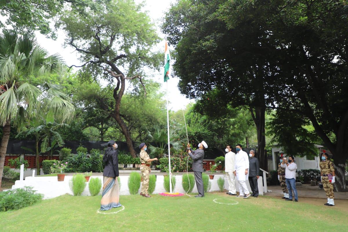 महाराष्ट्र सदनात 'स्वातंत्र्य दिन' साजरा