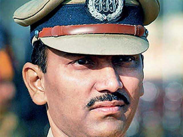 व्यंकटेशम यांची बदली,अमिताभ गुप्ता पुण्याचे पोलीस आयुक्त