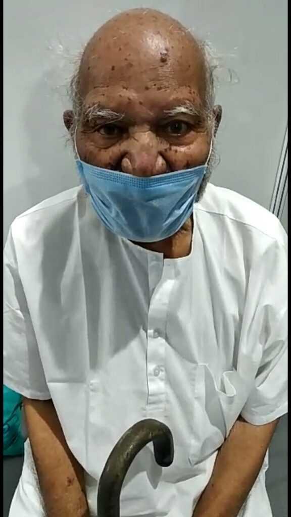 जम्बो'मध्ये ९१ वर्षीय आजोबांनी जिंकली कोरोनाविरुद्धची लढाई !