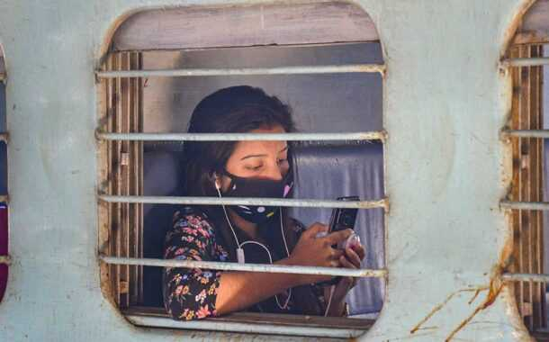 उद्यापासून सर्व महिला प्रवाशांना लोकल प्रवासासाठी परवानगी-पियूष गोयल