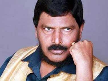 आगामी मुंबई महापालिका निवडणुकीत भाजपचा महापौर तर आरपीआयचा उपमहापौर निवडुन येईल - केंद्रियराज्यमंत्री रामदास आठवले