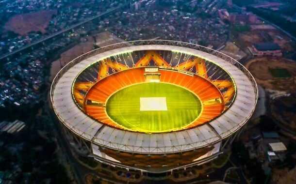 'हिटलर सत्तेत आल्यावरही त्यानेही मोठं स्टेडियम बनवून स्वत:चचं नाव दिलं होतं'-मोदींचे नाव स्टेडियमला दिल्याने टीकास्त्र
