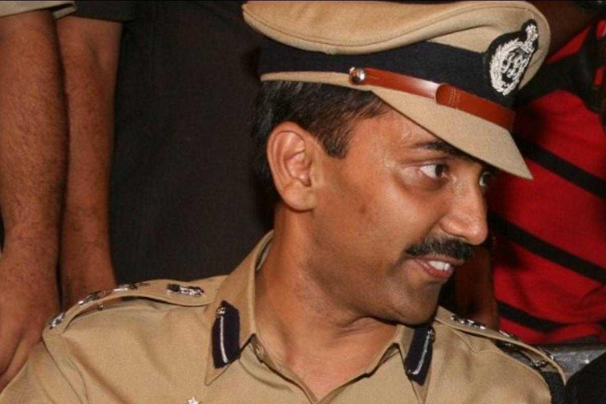 सैन्यदल भरती पेपर फोडण्यात अधिकारी, कर्मचार्यांचा हात-७ गजाआड: पोलीस आयुक्त अमिताभ गुप्ता