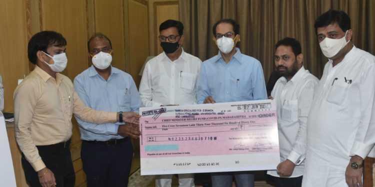 मुख्यमंत्री सहायता निधी कोविड-१९ साठी महावितरणकडून ५ कोटी १७ लाख, महानिर्मितीकडून १ कोटी २ लाख रुपयांचा निधी