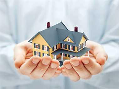 एलआयसीने गृह कर्जाच्या व्याज दरात केली कपात, आता 6.66% व्याज दरावर घेता येईल कर्ज