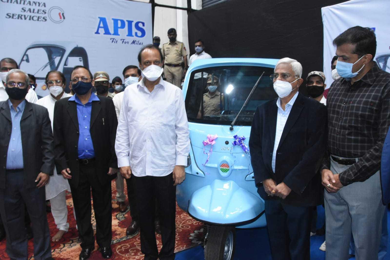 इलेक्ट्रीक गाडयांना प्रोत्साहन व प्राधान्य देणार-उपमुख्यमंत्री अजित पवार