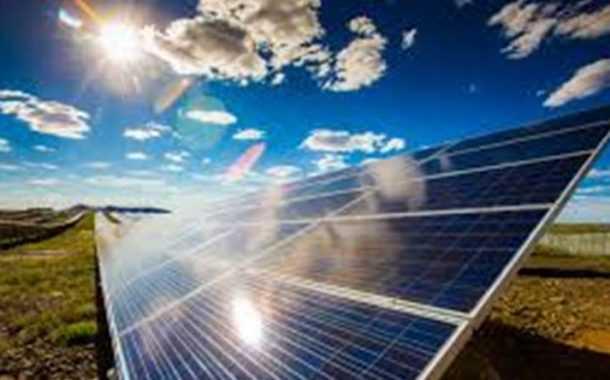 सौर ऊर्जा प्रकल्पाद्वारे शेतकऱ्यांना उत्पन्नाची संधी