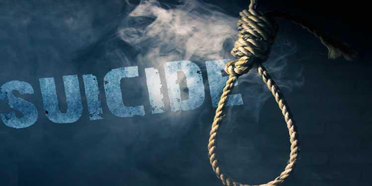 पुण्यात महिला पोलीस काँस्टेबलची गळफास घेऊन आत्महत्या