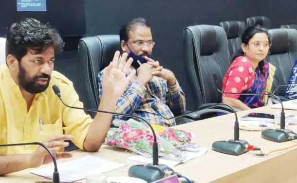 शिक्षकांना जुनी पेन्शनकरिता शासनस्तरावर पाठपुरावा करु – पालकमंत्री बच्चू कडू